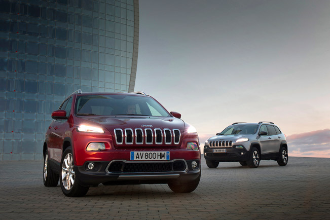 Jeep-Cherokee-Limited-and-Trailhawk-medium