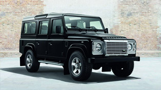 Land Rover Defender XS Gets Two Option Packs