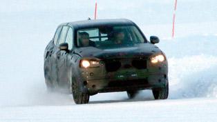 Spyshots: Possible Volvo XC90 Caught Winter Testing