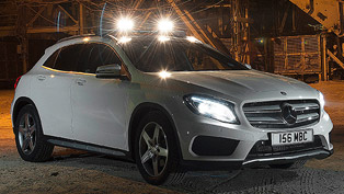 2014 Mercedes-Benz GLA-Class - Off-Road Debut [video]