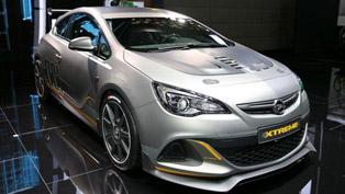 2014 Geneva Motor Show: Opel Astra OPC Extreme