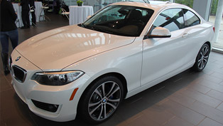 BMW 2-Series 228i Coupe Track Handling Package [video]
