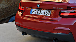 2014 BMW 2-Series M235i - Review [video]