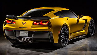 2015 Chevrolet Corvette Z06 - The Most Powerful Production Car by GM