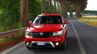 Fiat Shows The New Freemont Cross [video]