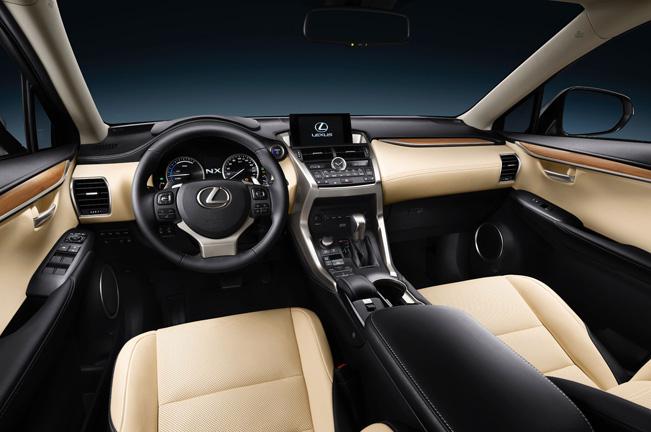 2015-Lexus-NX-300h-651