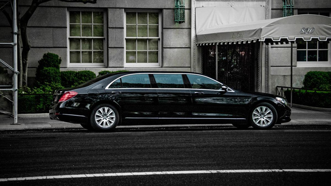 Mercedes-Benz works on new Pullman limousine