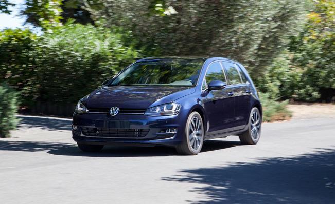 2015-VW-Golf_651