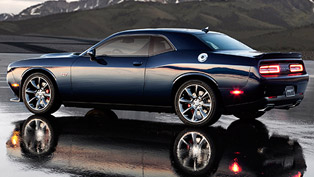 2015 Dodge Challenger SRT Hellcat [video]