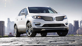 Lincoln Updates The Interior Of 2015 MKC