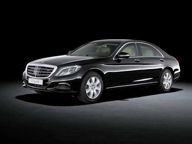 2015-Mercedes-Benz-S-600-Guard_651