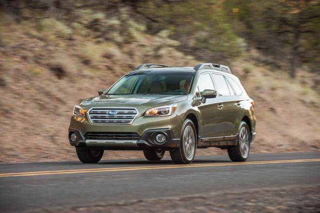 2015-Subaru-Outback_651