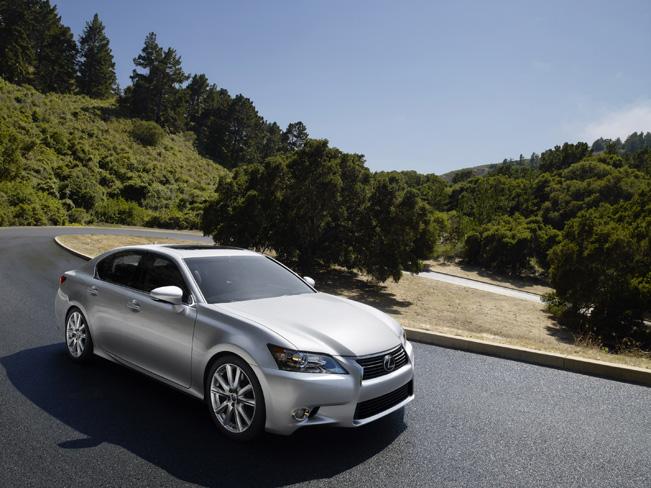 2014-Lexus-GS-350-651