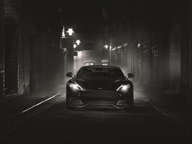 2015-Aston-Martin-Vanquish-Carbon-Edition-651