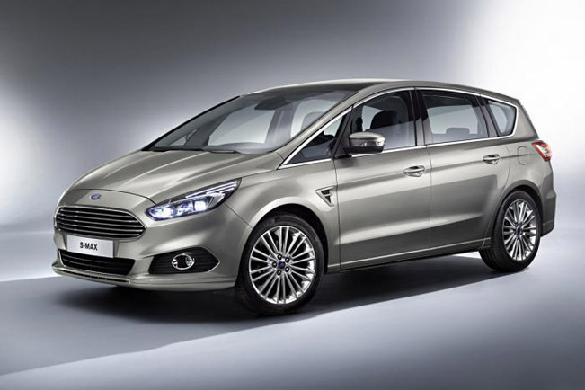 2015 Ford S-Max 01