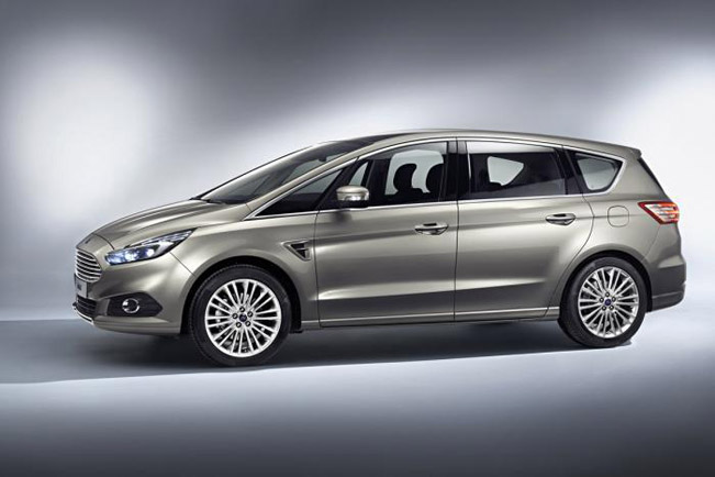 2015 Ford S-Max 02