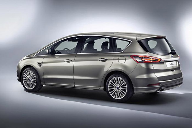 2015 Ford S-Max 05