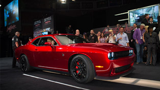 Dodge Challenger SRT Hellcat VIN0001 Raises $1.65 Million for Charity
