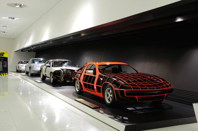 Porsche-Museum-Exhibition-651-(3)