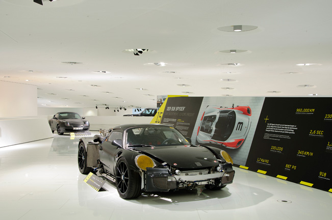 Porsche-Museum-Exhibition-651