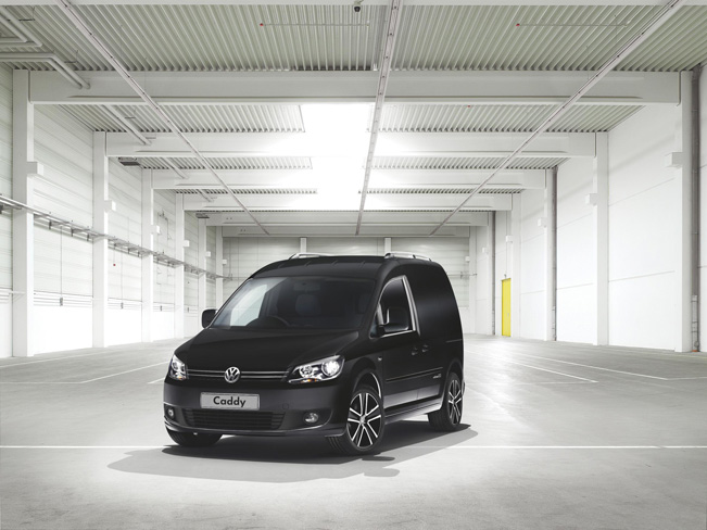 VW-Caddy-Black-Edition_651