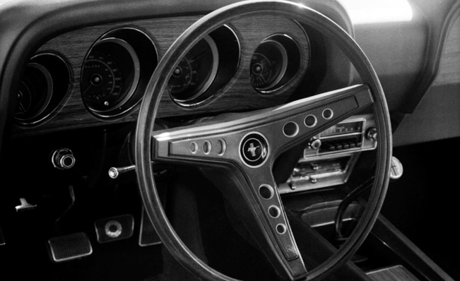 1970-Ford-Mustang-inside_651