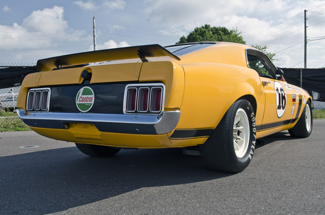 1970-Ford-Mustang-rear_651