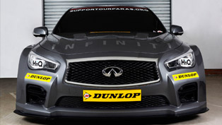 two ngtc infiniti q50 race cars enter the btcc in 2015