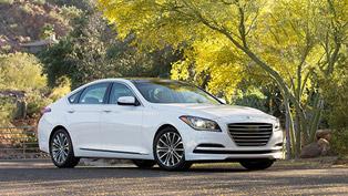 """2015 Hyundai Genesis Scoops Ruedas ESPN """"Best Luxury Sedan"""" Award"""
