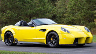 2015 panoz esperante spyder gt shows 560 hp at sema