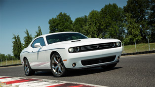 2015 Dodge Challenger Gets Five Stars from NHTSA