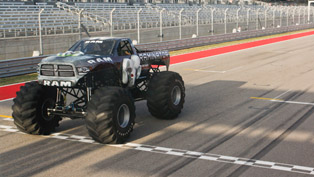 New Guinness World Record: Raminator is the Fastest Monster Truck [VIDEO]