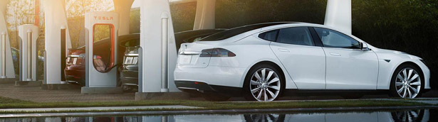 Bad News for Tesla: Gas Prices are Falling