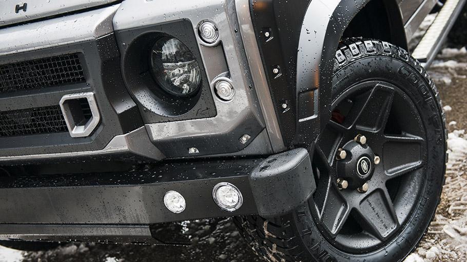Kahn Land Rover Defender XS 05