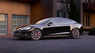 Tesla Enters Dual Motor Model S All Wheel Drive in Porduction [VIDEO]
