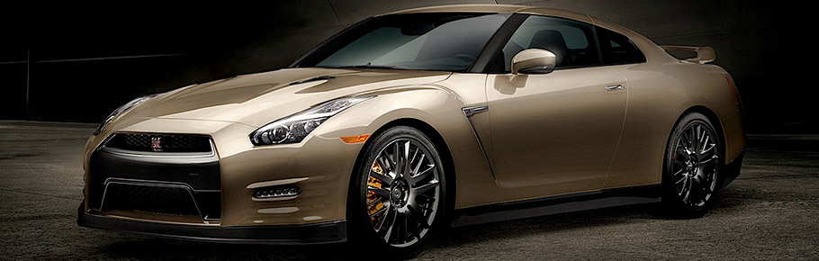 2016 Nissan GT-R 45th Anniversary Gold Edition Side View