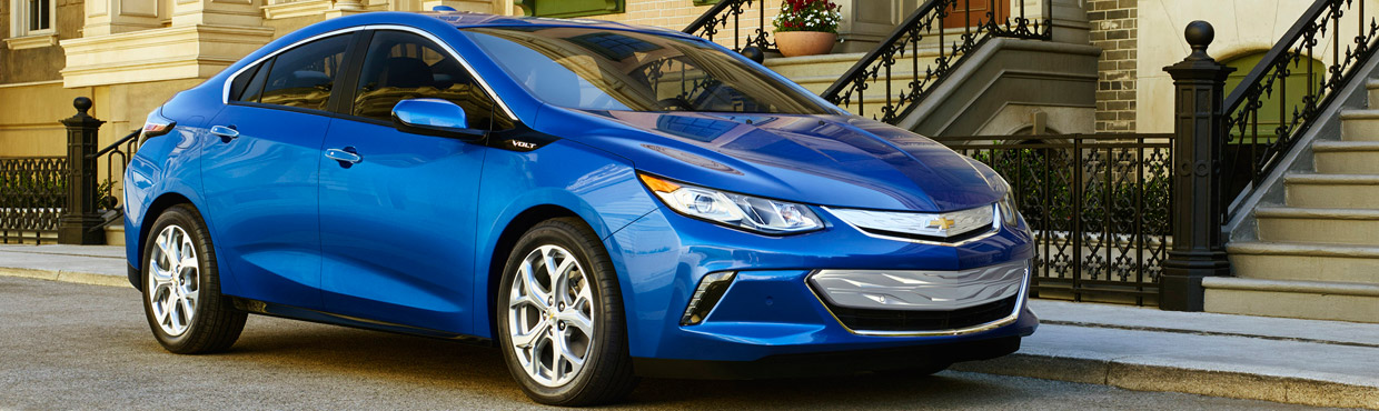 chevrolet volt equipped with more technology at a lower price. Black Bedroom Furniture Sets. Home Design Ideas