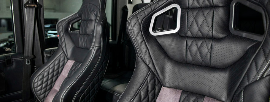 Kahn Land Rover Defender XS 110 Pick Up  Interior