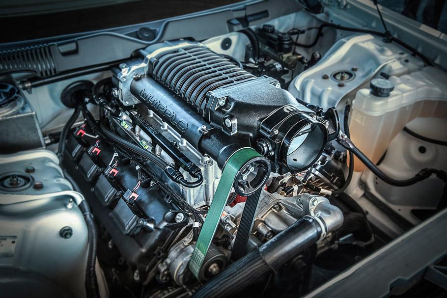 Mopar Dodge Challenger Drag Pak Engine