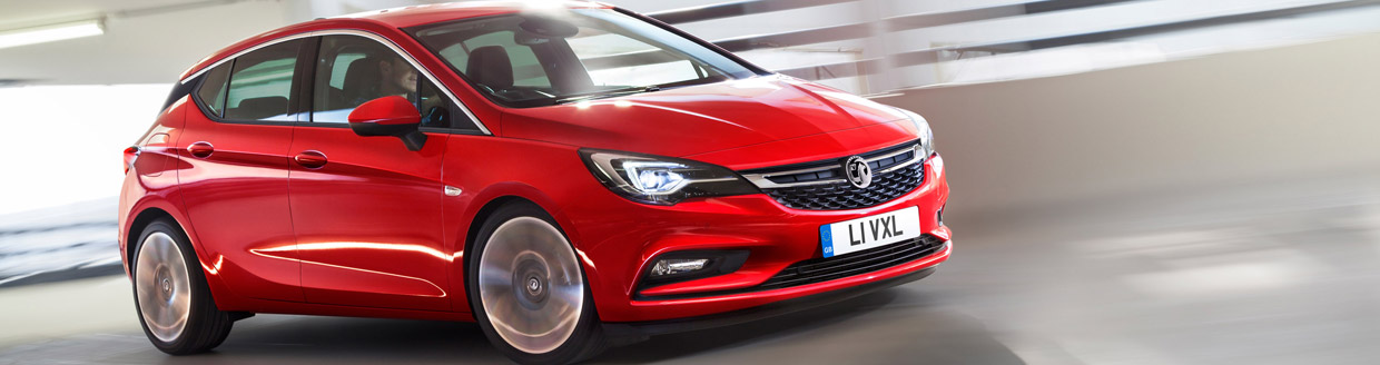 2015 Vauxhall Astra Side View