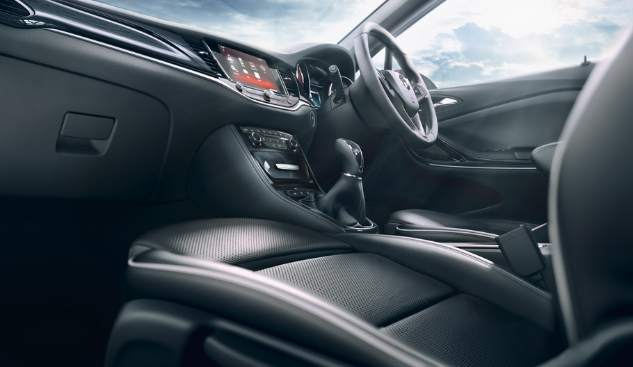 2015 Vauxhall Astra Interior