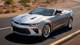 2016 Chevrolet Camaro Convertible Breaks Cover! [VIDEO]