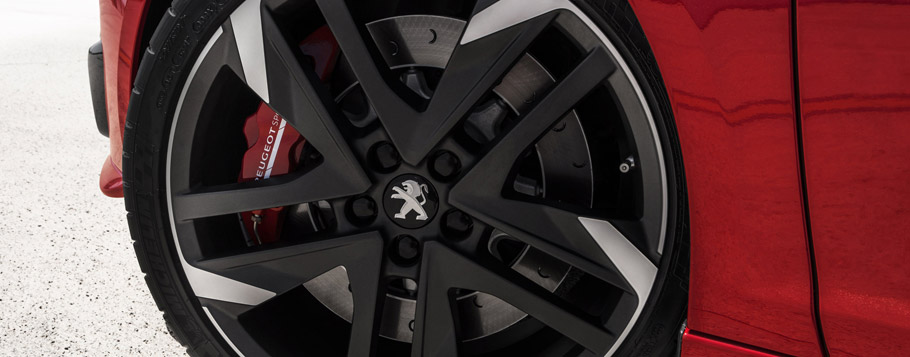 2016 Peugeot 308 GTi Wheels & Tires