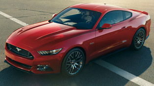 ford mustang offers an online ride across silverstone track!