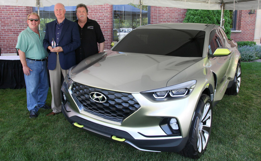 Hyundai Santa Cruz Won The Concept Truck Of Year Award At 14th Annual North American Vehicle Awards Concours D Elegance