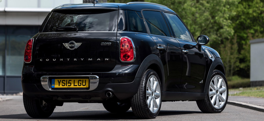 2015 MINI Countryman Cooper D ALL4 Business Rear View