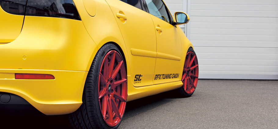 RFK Volkswagen Golf Mk 5 R32 Rear View & Wheels