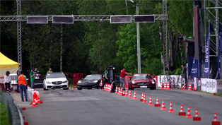 corvette zr1 c6 taking out two mercedes-amgs? [video]