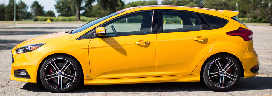 2015 Ford Focus ST with Ford Performance Mountune Kit Side View