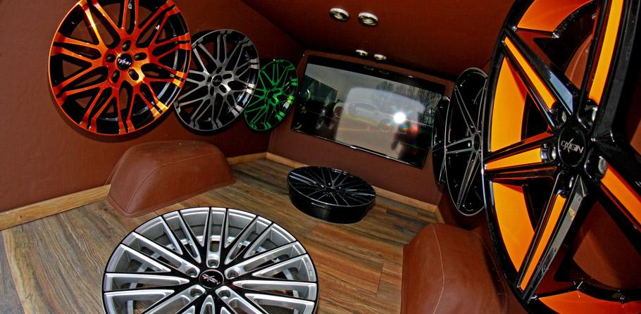 OXIGINFord F100 Show Car Inside the Cargo Area